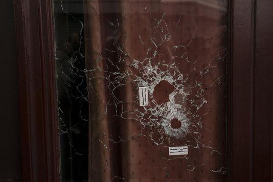 L'éditorial du « Monde des livres », à propos des réactions de 28 écrivains et dessinateurs aux attentats du 13 novembre, que publie le supplément.