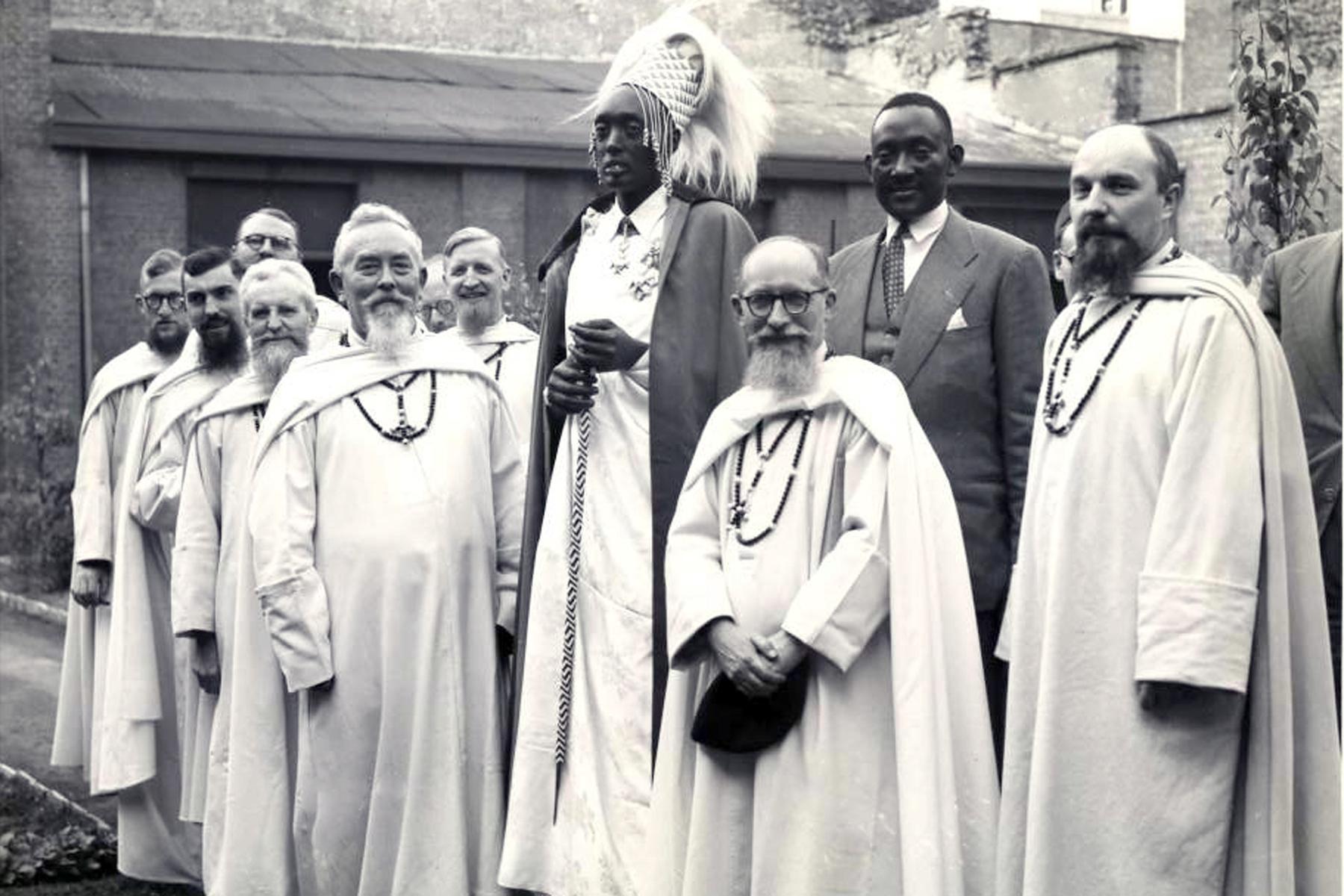 Après la déchéance de Musinga en 1931, Mutara Rudahigwa, un de ses fils fut  désigné comme son successeur par les autorités mandataires belges sous l'influence des missionnaires. Scholastique Mukasonga, Rwanda
