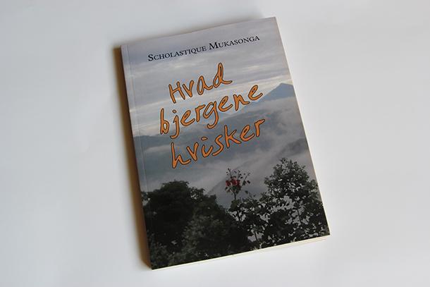 Hvad bjergene hvisker by scholastique Mukasonga - Rwanda genocide Arvis danemark