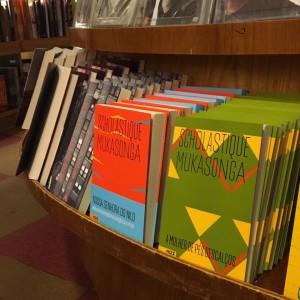 Mes 2 livres publiés cette année au Brésil 'A Mulher dos Pés Descalços' et 'Nossa Senhora do Nilo' publiés par l'éditeur brésilien Nós. Scholastique Mukasonga - Rwanda genocide 1994