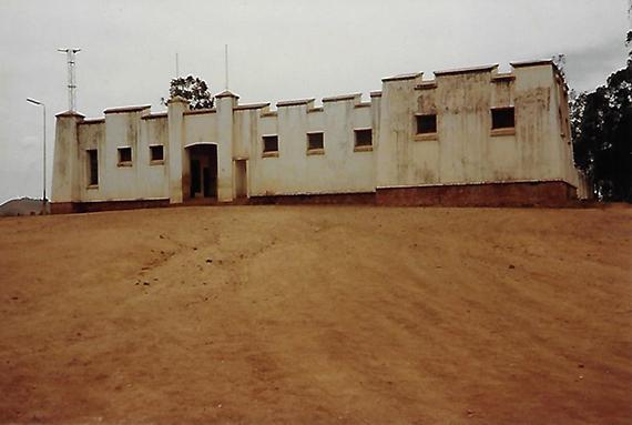 Le Boma - Burundi, Rwanda - Un si beau diplôme ! par Scholastique Mukasonga - Gallimard