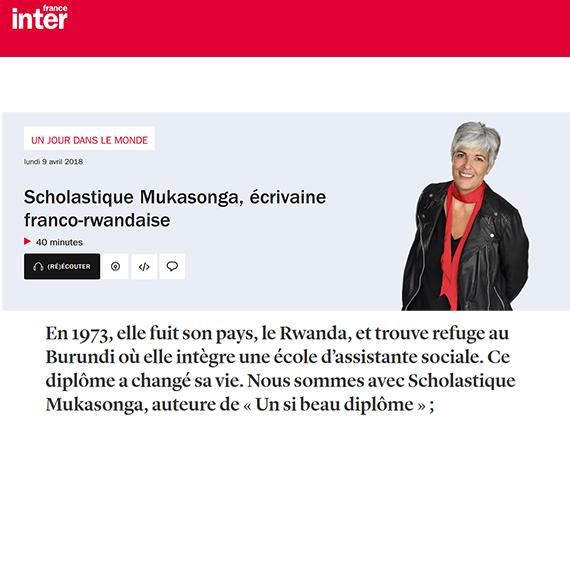 Fabienne Sintes invite Scholastique Mukasonga dans l'émission Un Jour dans le monde de France Inter